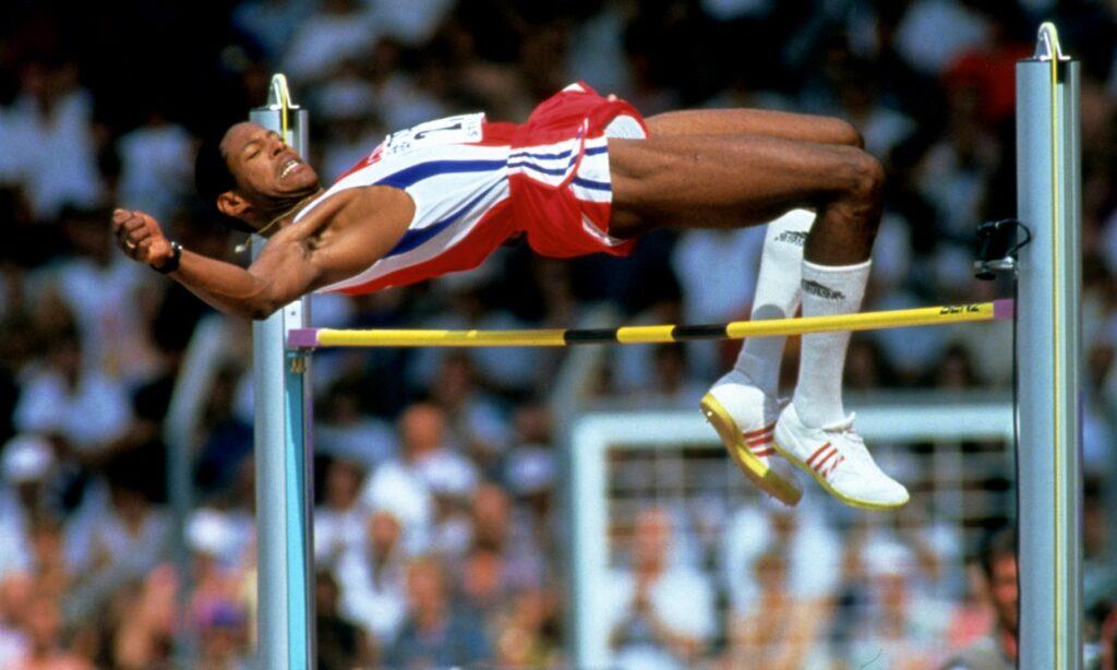 Γνωρίζατε ότι… στους Ολυμπιακούς της Βαρκελώνης το 1992, πέντε (5) αθλητές μοιράστηκαν τα τρία (3) μετάλλια στο άλμα εις Ύψος ανδρών περνώντας το ίδιο ύψος;